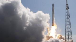 The unmanned SpaceX Falcon 9 rocket