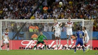 Lionel Messi takes a shot for Argentina v Germany in the 2014 World Cup final
