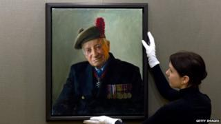 Portraits Of D-day Veterans Go On Display