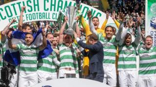 Champions Celtic lift the League Trophy at the Scottish Premiership Match between Celtic and Inverness Caley Thistle at Celtic Park on May 24, 2015