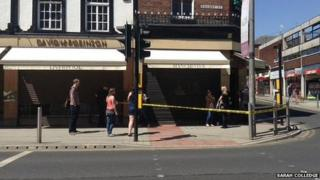 The jewellers cordoned off