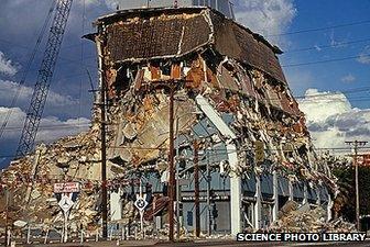 LA building collapse