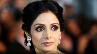 النجمة الهندية توجهت إلى دبي لحضور حفل زواج