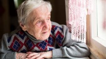 كبار السن والعزلة