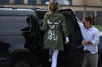 """US First Lady Melania Trump departs Andrews Air Force Base in Maryland 21 June 2018 wearing a jacket emblazoned with the words """"I really don't care, do you?"""" following her surprise visit with child migrants on the US Mexico border."""