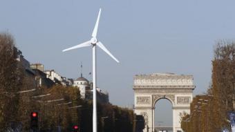 Paris wind
