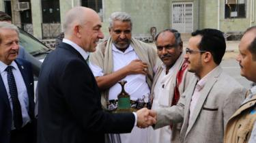Gen Michael Lollesgaard meets Houthi-appointed officials in Hudaydah (13 February 2019)