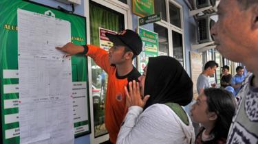 Keluarga korban tsunami Banten