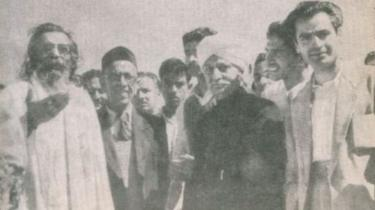 ஜம்முவில் பிரேம்நாத் டோங்ராவுடன் குரு கோல்வல்கர்