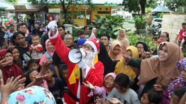 Santa di Ragunan