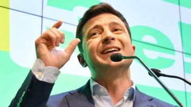 Volodymyr Zelensky speaks at a press conference following the announcement of his predicted presidential win following exit polls on April 21