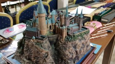 A sculpture of Hogwarts