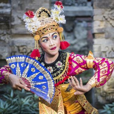 Bailarina típica en Ubud