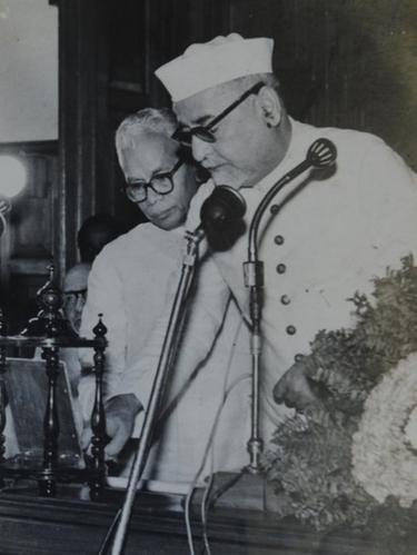 குடியரசு துணைத் தலைவர் ஜாகிர் ஹுசைன். உடன் முதலமைச்சர் பக்தவத்சலம்.
