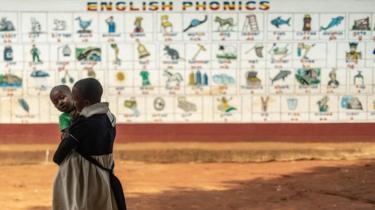 كيف تتقن اللغة الإنجليزية كأحد أبنائها؟