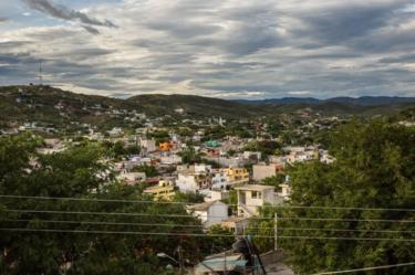 Tidak banyak orang di Acatlán yang bersedia membicarakan kekerasan yang terjadi pada hari itu.