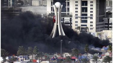 أقرّ الملك عيسى بن سلمان آل خليفة في يوليو/حزيران عام 2013 تعديلات على قوانين مكافحة الإرهاب تقضي بتغليظ عقوبة المدانين بارتكاب أعمال إرهابية في البلاد