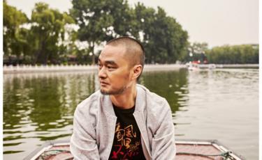 7月香港书展期间,冯唐在香港接受了BBC中文专访。图为受访者提供。