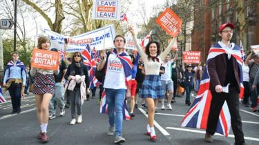 Sisters Beatrice Grant and Alice Grant joined the March to Leave protest as it makes its way through London