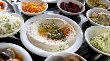 Hummus b`tahini