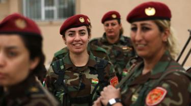 کرد خواتین فوجی