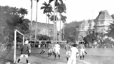 Partida no estádio de Laranjeiras, no Rio