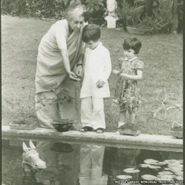 इंदिरा गांधी, राहुल गांधी और प्रियंका गांधी