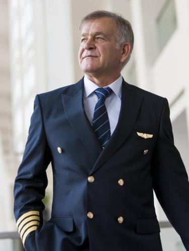 Pilot veteran.
