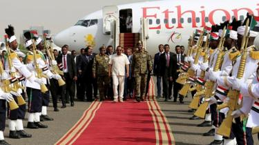 Ethiopian Prime Minister Abiy Ahmed arrives to mediate in Khartoum, Sudan on June 7, 2019