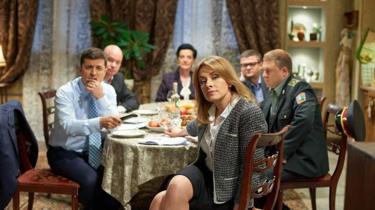"""عرض مسلسل """"خادم الشعب"""" في عام 2015، وأدى فيه فولوديمير زيلينسكي دور رجل عادي أصبح رئيسا لأوكرانيا"""