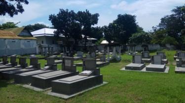 Kuburan orang Yahudi di Surabaya