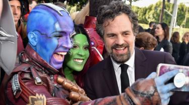 Mark Ruffalo with fans
