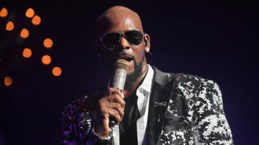 R. Kelly Performs during the Holiday Jam at Fox Theatre in 2017