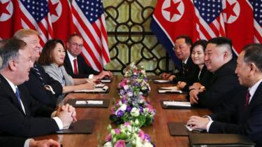 Donald Trump and Kim Jong-un during their talks in Hanoi