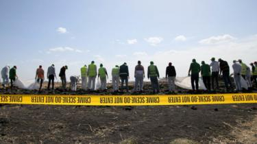 Investigators at the Ethiopian Airlines crash site