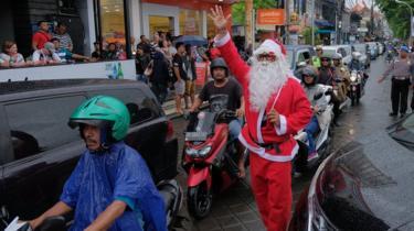 Santa jakarta