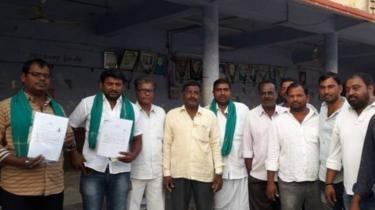 Farmers in Nizamabad photographed after filing their election nomination papers.
