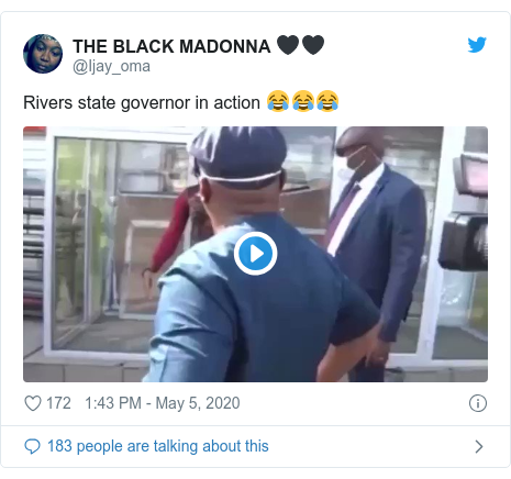 Ujumbe wa Twitter wa @Ijay_oma: Rivers state governor in action 😂😂😂