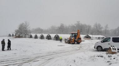 Temporary migrant tents at Lipa in snow, 8 Jan 21