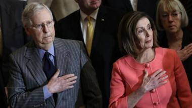Mitch McConnell (left) and Nancy Pelosi (right)