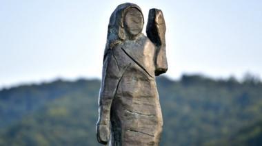 Melania Trump statue unveiled in Slovenia