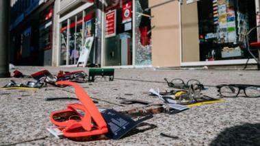 Products strew on the pavement after looting in Stuttgart, 21 June 2020