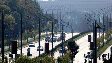 A motorcade transporting Belarusian President Alexander Lukashenko before his inauguration ceremony, drives along a road in Minsk, September 23, 2020