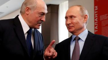 File photo showing Belarusian President Alexander Lukashenko and Russian President Vladimir Putin in Sochi on 15 February 2019