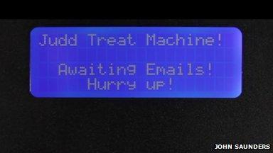 Judd treat machine