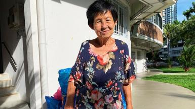Singapore karang guni woman recycling
