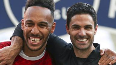 Arsenal captain Pierre-Emerick Aubameyang and manager Mikel Arteta