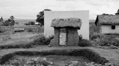 Toilet in Ambatoantrano