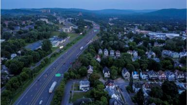 """Instate 81, which critics call """"racist"""", divides a neighbourhood of Syracuse in two"""