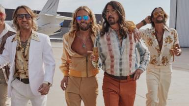 Foo Fighters as the Dee Gees